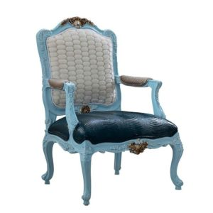 ROCOCO LOUNGE CHAIR LIGHT BLUE