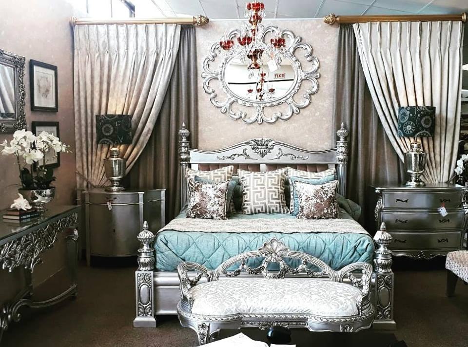 How to decorate the interior of your luxury bedroom with these Royal tips