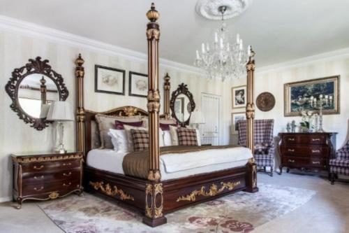 Bedroom Setting 6